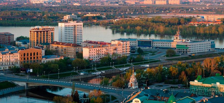 Долги жителей Омской области